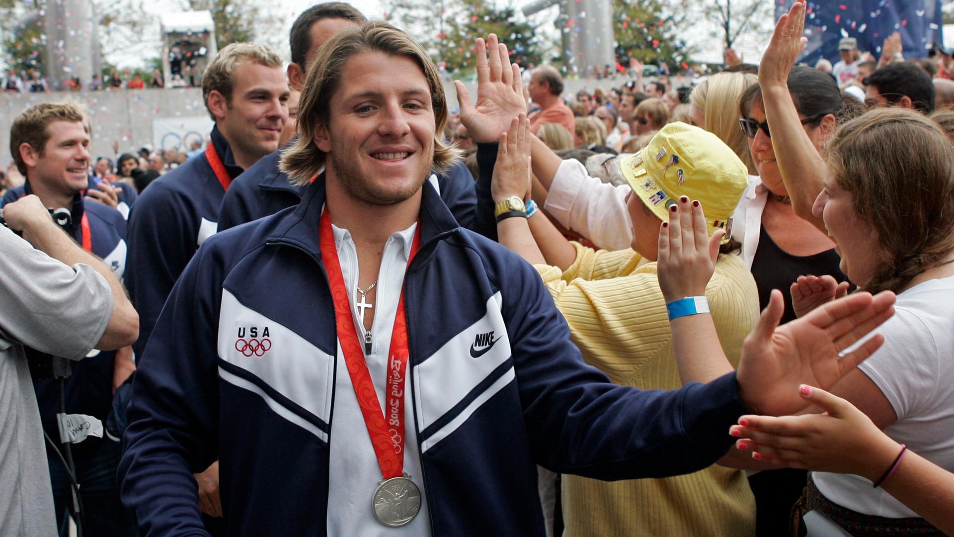 Tony Azevedo celebrates winning water polo silver at the 2008 Beijing Olympics