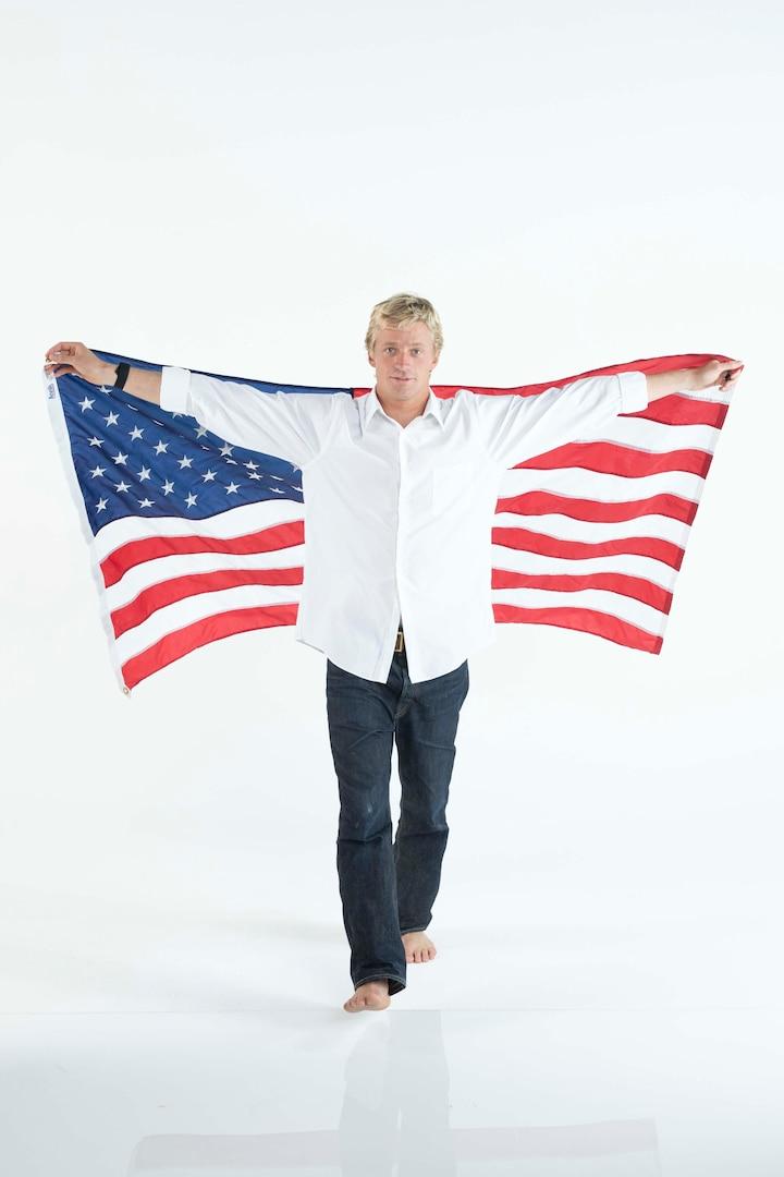 Kolohe Andino poses with American flag