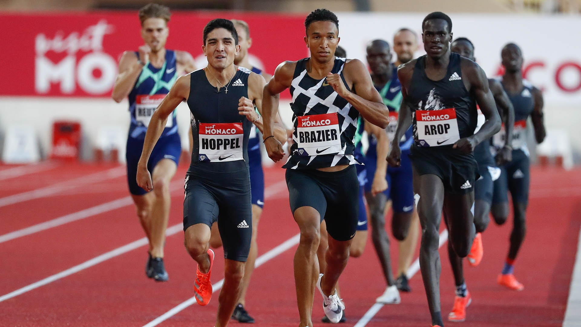 Donavan Brazier and Bryce Hoppel race in the 800m at 2020 Monaco DL