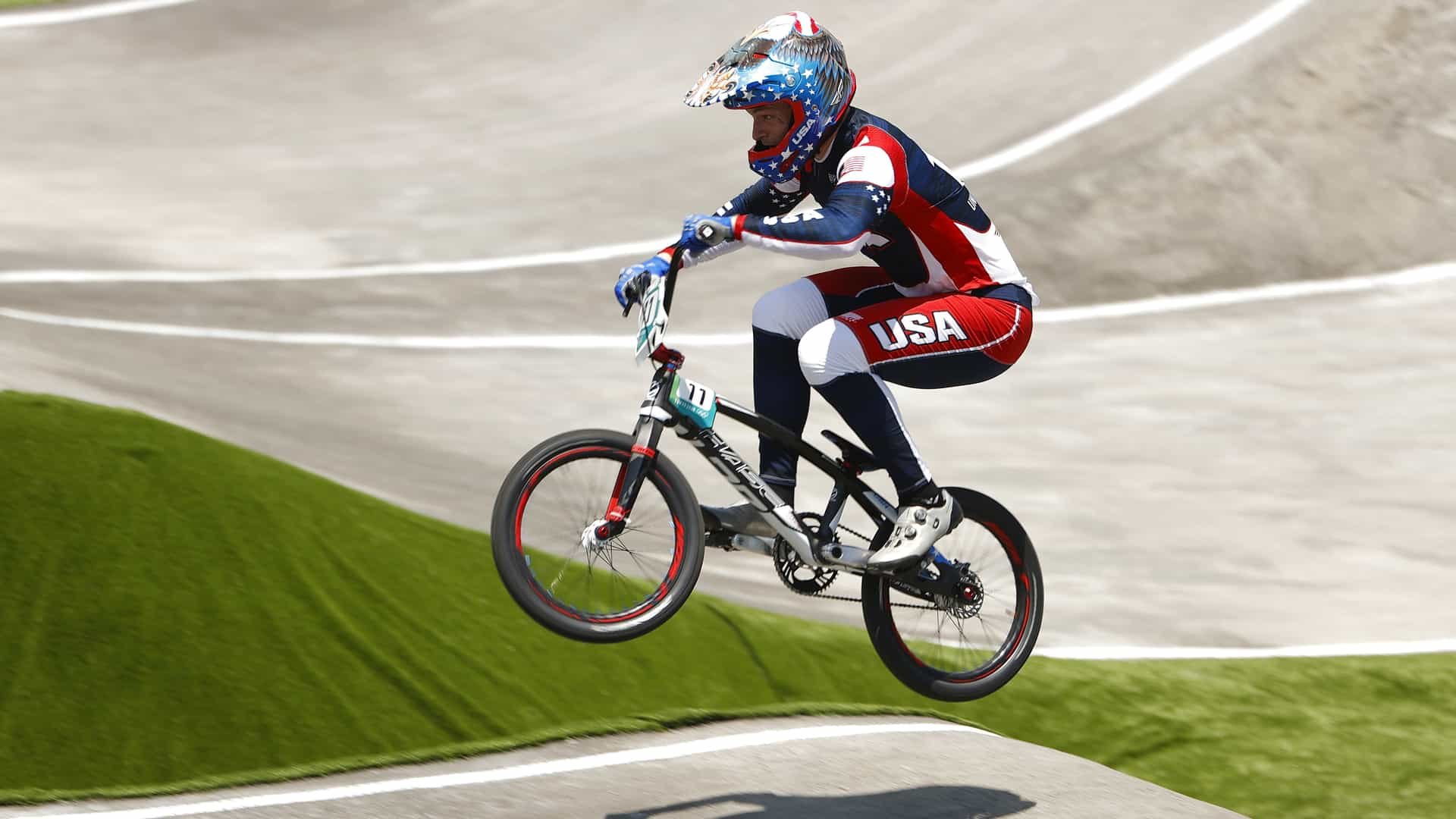 Image for USA BMX champion Connor Fields suffers heavy crash, exits on stretcher