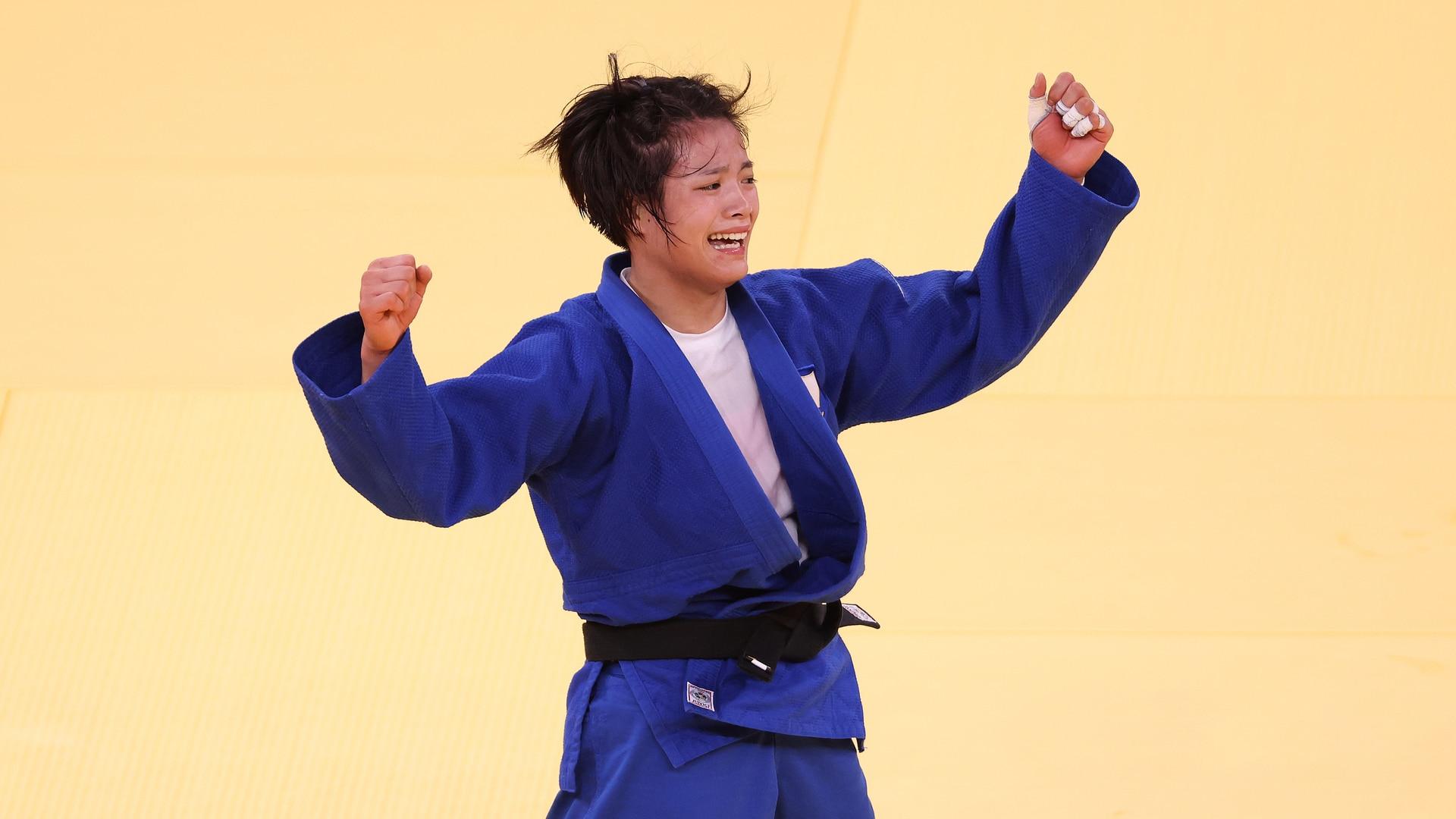 Siblings Abe Uta and Abe Hifuma become first siblings to win gold at same Olympics