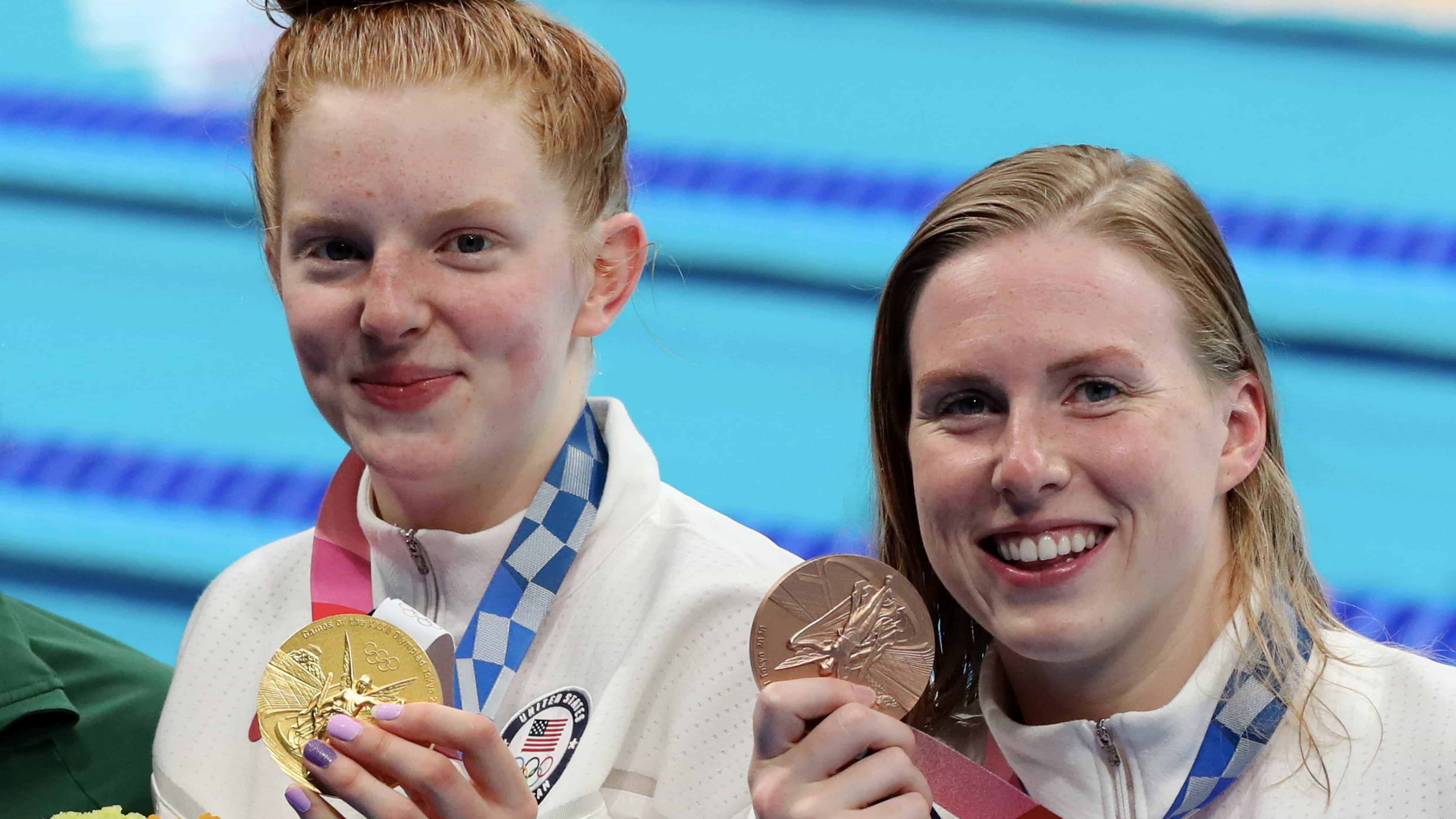Lydia Jacoby and Lilly King show off their medals after the 100m breaststroke. (credit: Getty...