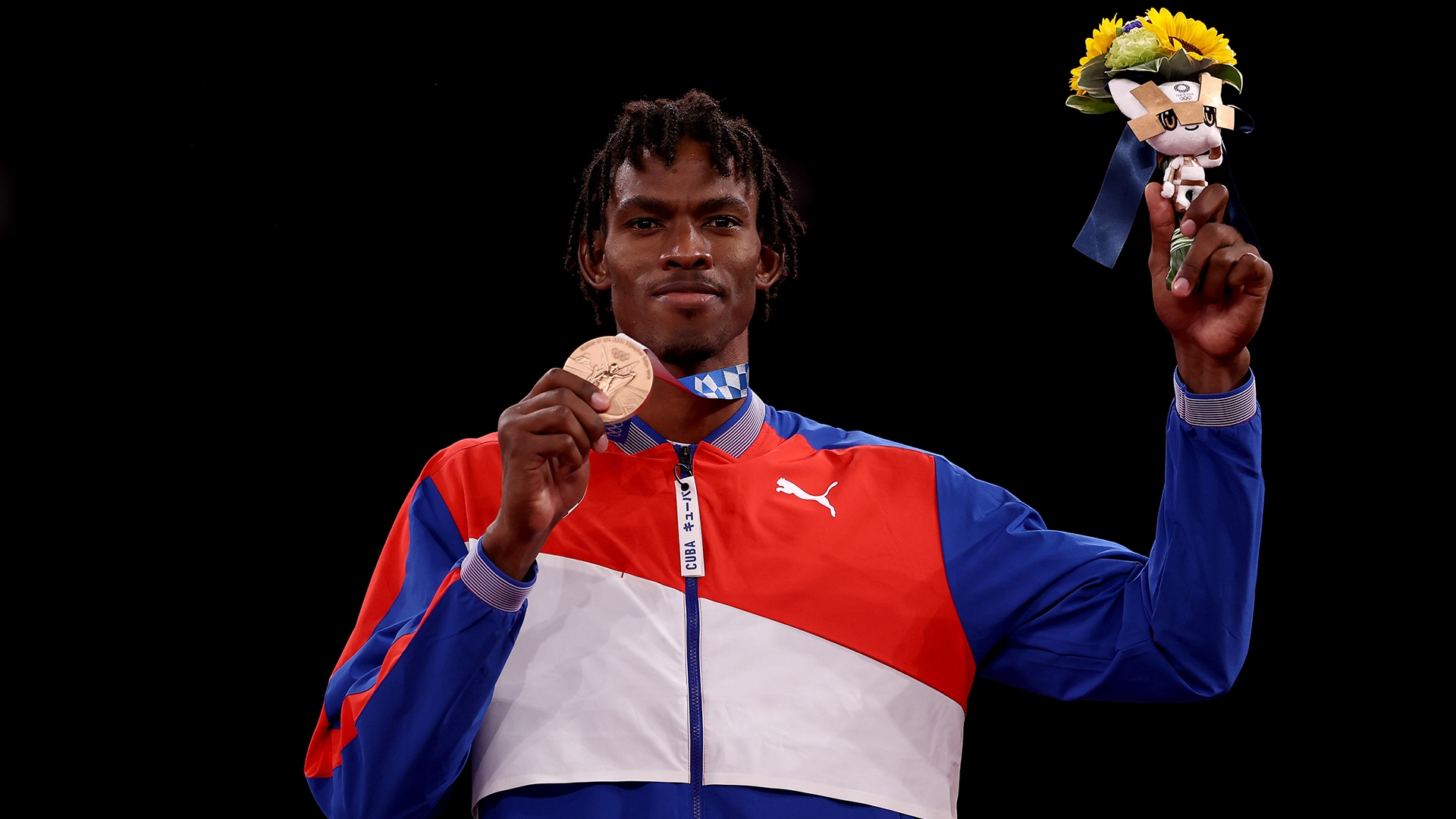 Look back at each of the bronze medalists from the final day of Olympic taekwondo competition....