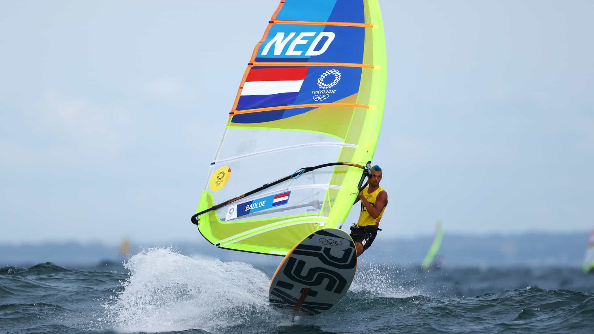 Image for Dutch sailor Badloe closes in on windsurfing gold