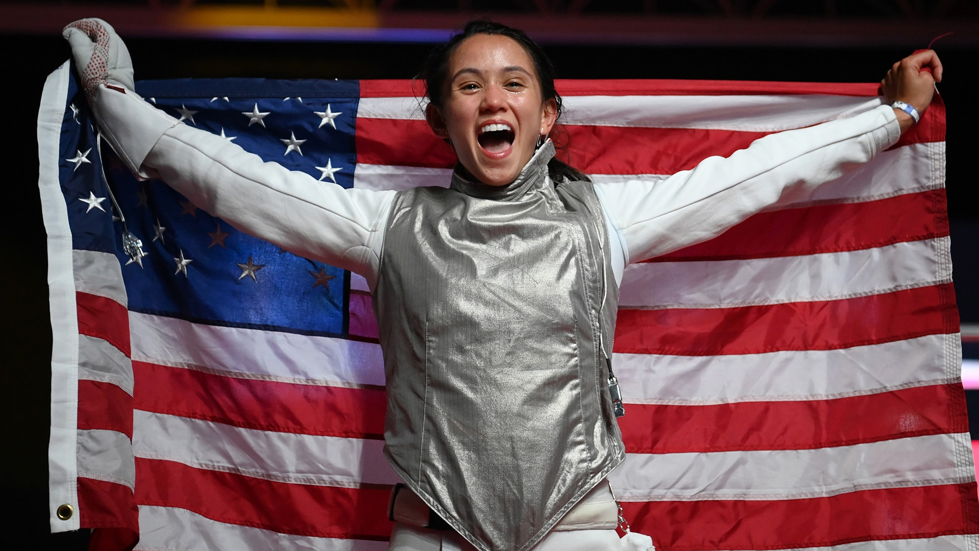 Lee Kiefer becomes first American woman to win gold in individual foil