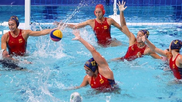 Spain defeated South Africa 29-4 in a women's water polo preliminary match