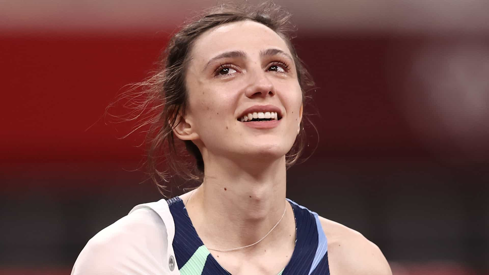 Image for ROC's Maria Lasitskene scores gold medal with 2.04-meter high jump