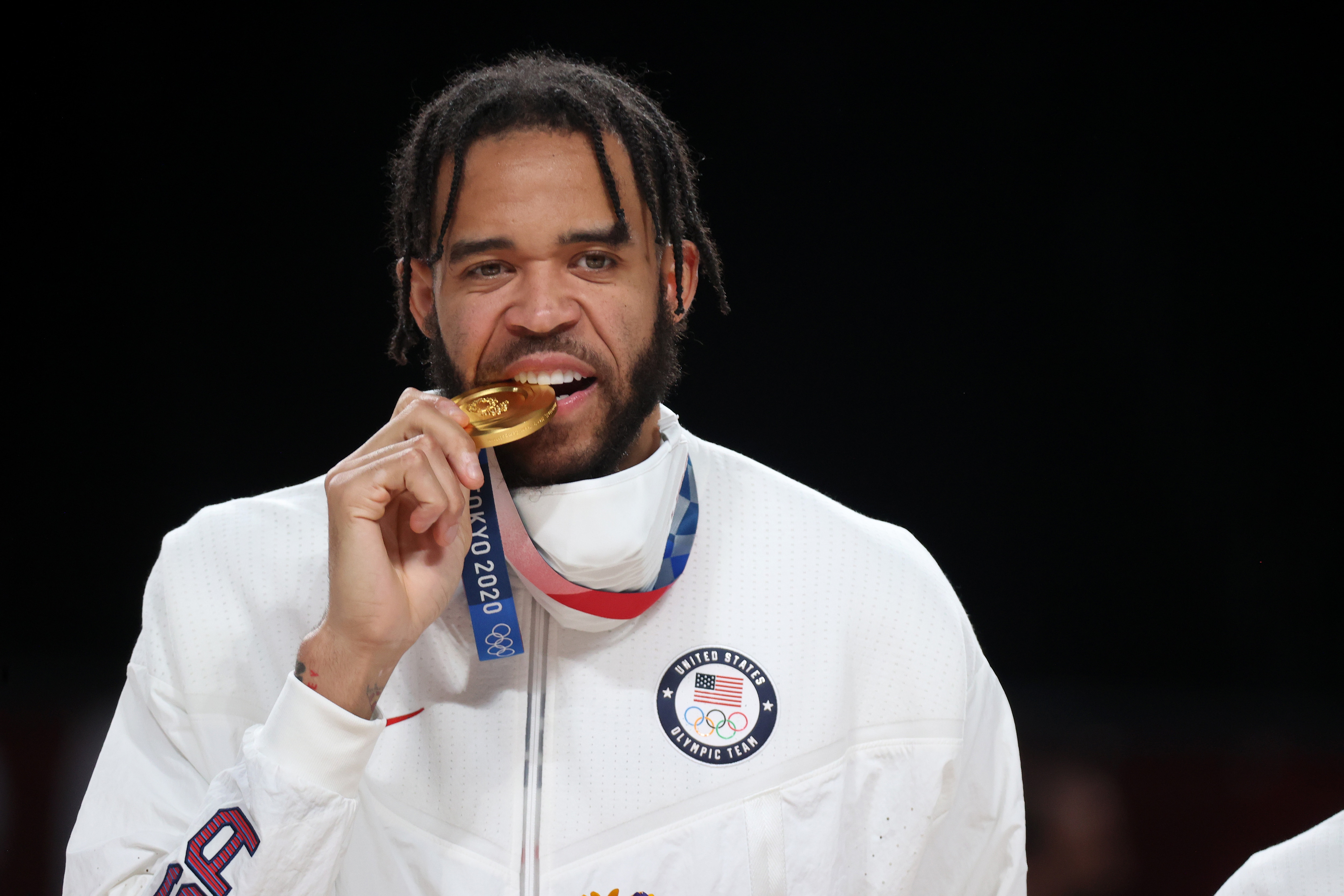 Image for Like mother, like son: Javale McGee joins mom to make golden history