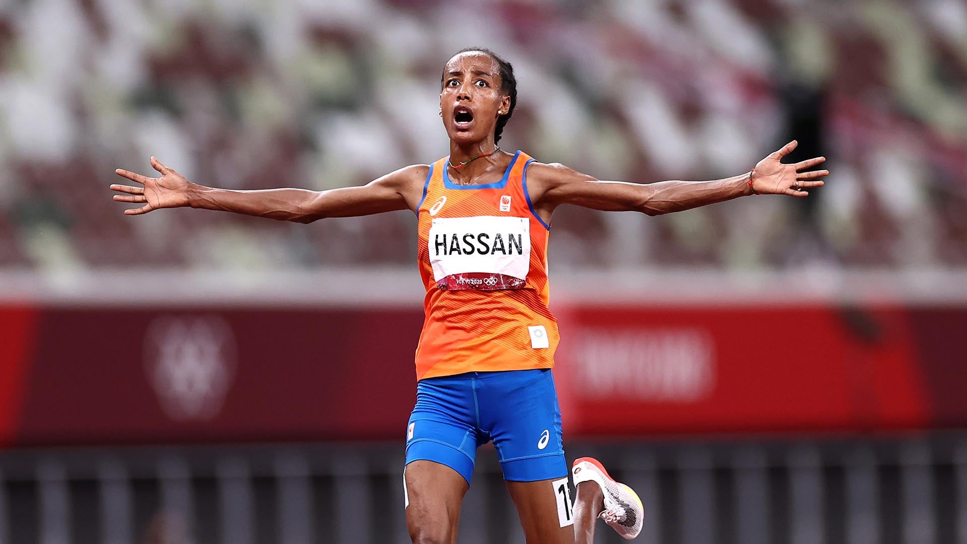 Image for Dutchwoman Hassan wins 10,000m gold, completes double