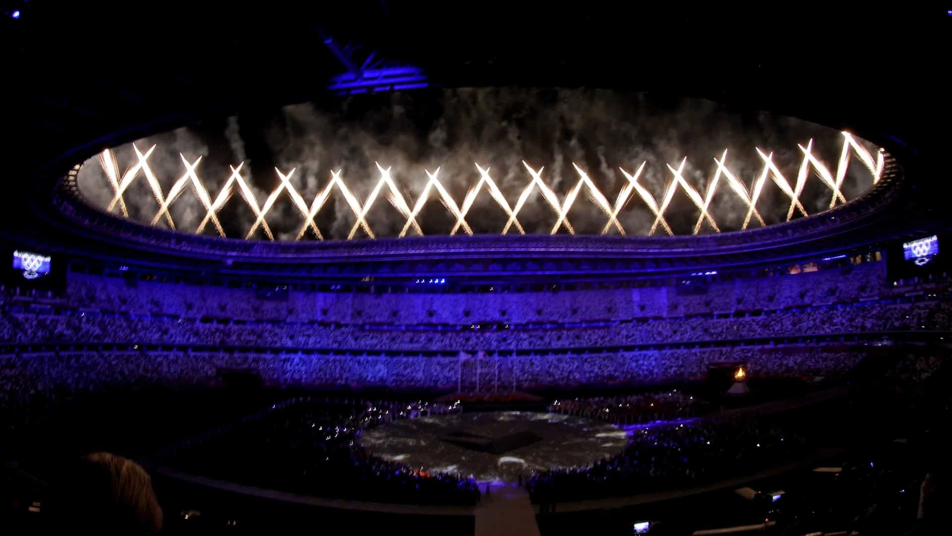 Fireworks ring the Olympic Stadium during the Closing Ceremony. (credit: Geoff Burke, USA TODAY...