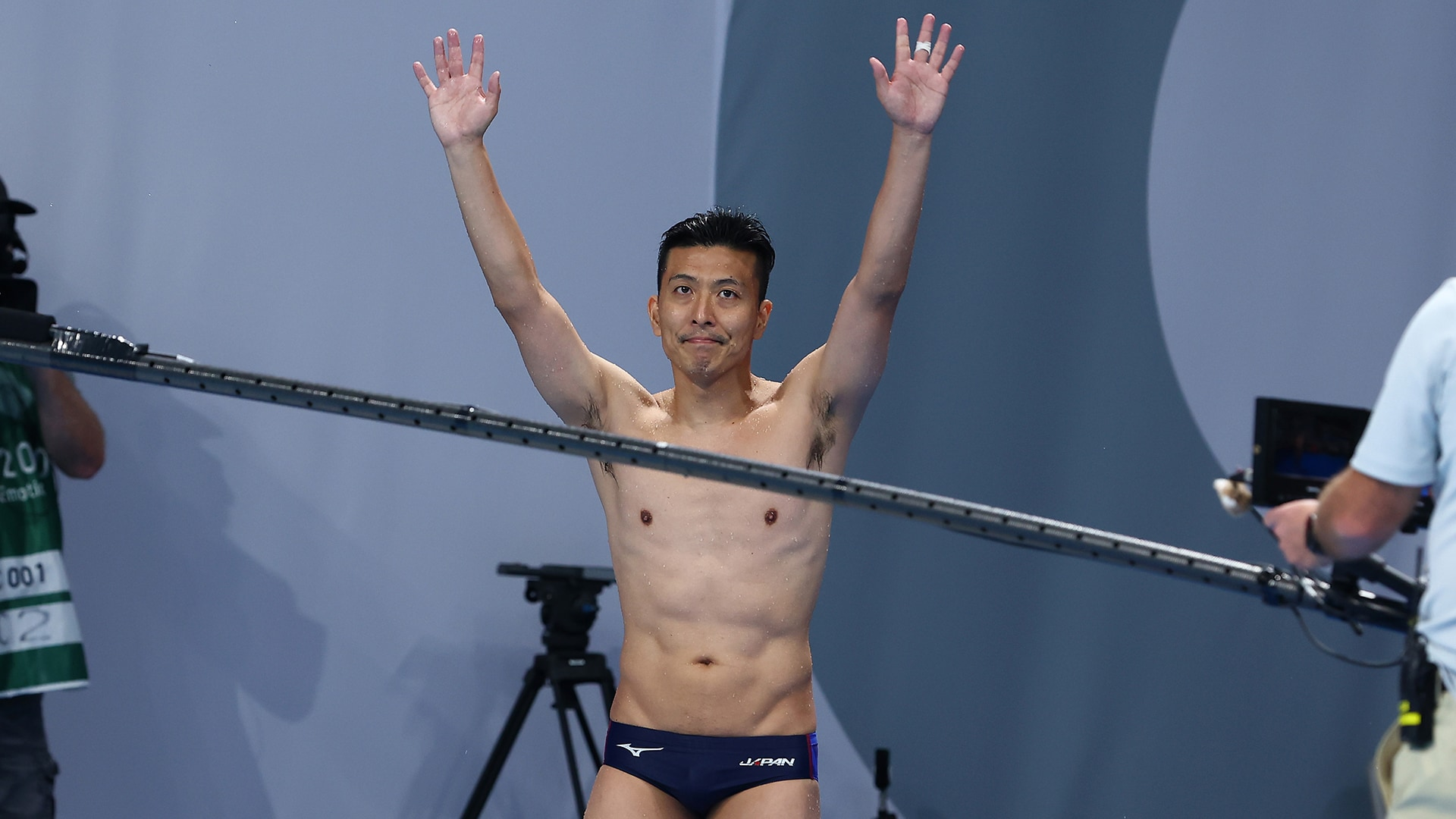 Image for Veteran divers Terauchi, Pacheco given tear-jerking standing ovations by fellow divers