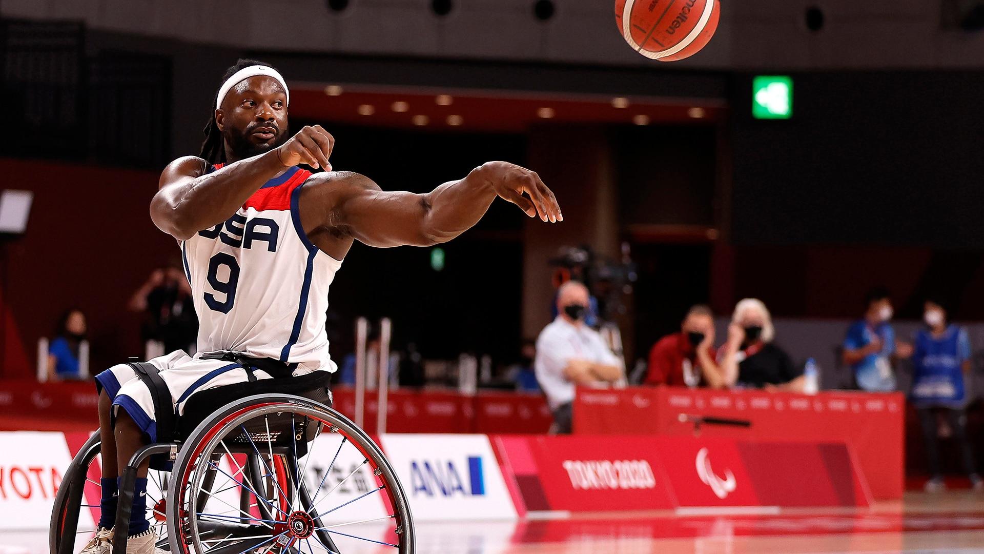 Matt Scott of Team United States passes the ball in the first half against Team Turkey during the men's Wheelchair Basketball quarterfinal