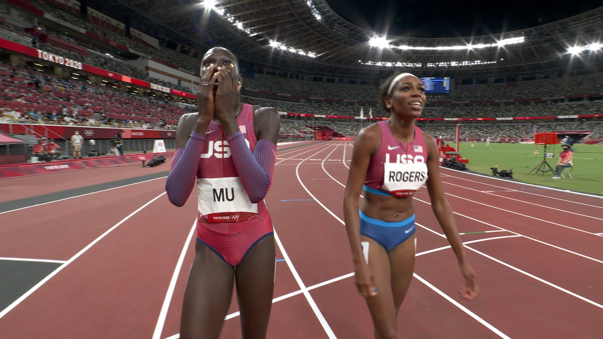 Image for Teen phenom Athing Mu wins 800m gold, breaks American record